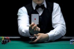 Dealer casino player